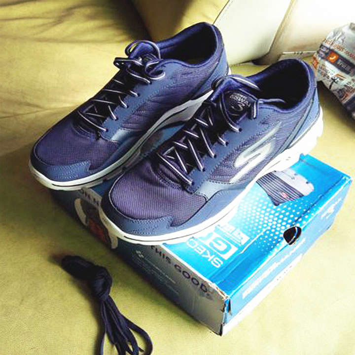 第三双<font color='red'>Skechers</font> go walk3健步鞋入手